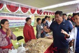 Wanita tani Buleleng ikuti pameran pangan lokal