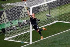 Prancis dan Denmark ke 16 besar Piala Dunia 2018