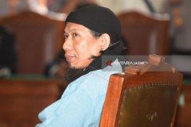 Hakim Vonis Mati Terdakwa Aman Abdurrahman