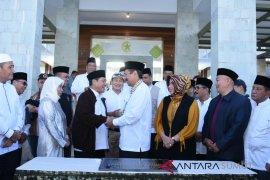 Gubsu resmikan musholla dan gereja Taman Simalem Resort