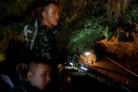 Penyelam AL Thailand perluas lorong gua tempat regu sepakbola tersesat
