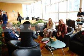 Singapura Tertarik Belajar Penataan Lingkungan Taman dari Surabaya