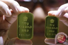 Daya tarik emas rusak, akibat penguatan dolar