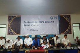 PLN area Bogor santuni 500 yatim dan dhuafa