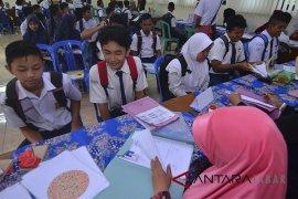 Disdik Jabar upayakan seluruh anak bisa sekolah
