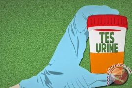 165 kepala sekolah Pontianak jalani tes urine