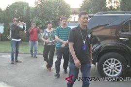 Imigrasi Sukabumi tangkap dua TKA Cina
