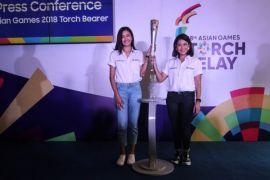 Mikha Tambayong arak obor Asian Games