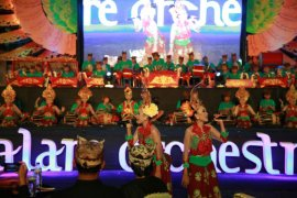 Padukan Alat Musik Etnik-Modern, 120 Anak Banyuwangi Pukau Penonton