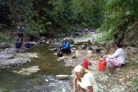 20.698 warga Karawang kesulitan air bersih