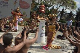 Pawai Obor Asian Games di Bali