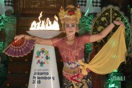 Pawai Obor Asian Games Istana Tampaksiring