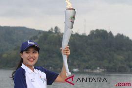 Alasan Olivia Zalianty pilih pembawa obor di Danau Toba