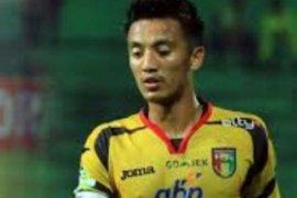 Bayu Pradana bawa Mitra ungguli Persib Bandung