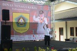 Pemkab Bogor membuka bursa lowongan kerja