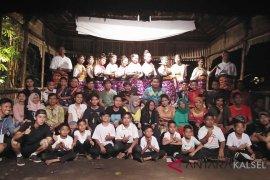 Desa Barikin desanya para seniman