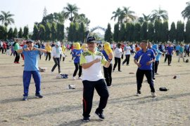 Tari Poco-poco Indonesia memecahkan rekor dunia