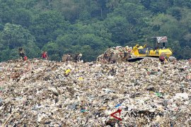 Bogor approves foreign investment to construct plastic-to-oil facility