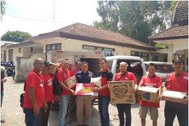 Smartfren serahkan bantuan korban gempa Lombok
