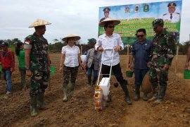 TNI - Distan pelopori buka lahan tanpa membakar