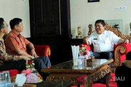 Jembrana promosikan pariwisata kepada Konjen RRT Denpasar