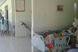 Pasien RSU Negara dievakuasi karena gempa