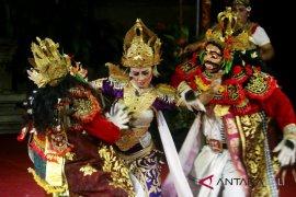 "Prof Dibia luruskan alur cerita ""Barong Sunda Upasunda"""