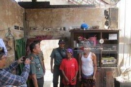 Kodim 0809 Kediri Perbaiki 100 Rumah Warga (Video)