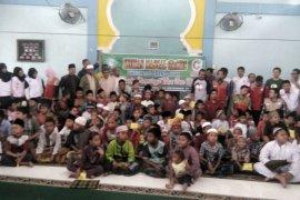 100 anak ikuti khitanan massal