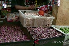 Harga kebutuhan  masyarakat di Sukabumi berangsur turun