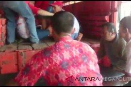 10 wisatawan tewas akibat bus masuk jurang di Sukabumi  Sabtu siang