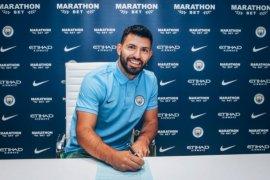 Sergio Aguero perpanjang kontrak di City sampai 2021