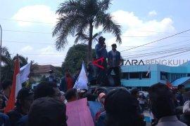 Mahasiswa Bengkulu tuntut reformasi agraria memihak petani