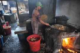 Harga produk berbahan baku kedelai di Palembang Page 1 Small