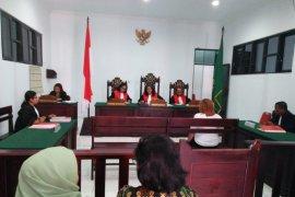 Hakim vonis karyawati BRI empat tahun penjara