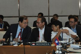 Indonesia invites ASEAN to develop collective outlook