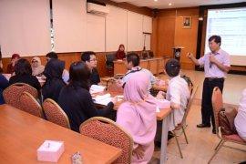 Mahasiswa IPB belajar bersama mahasiswa dari Jepang tentang kebencanaan