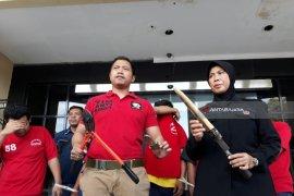 """Polrestabes Surabaya Gulung Komplotan Pencuri """"L300"""""""