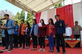 """Mahasiswa Bali sampaikan """"Deklarasi Merajut Kebangsaan"""""""