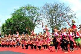 Parade budaya tutup HUT Kota Negara