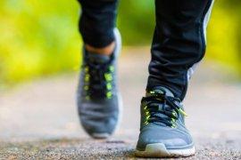 Olahraga ringan sendiri di rumah tingkatkan kekebalan tubuh, kata psikolog