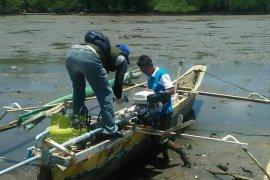 Nelayan Sukabumi dilarang tangkap benur