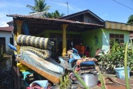 Sembilan rumah rusak pasca banjir