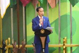 Presiden: Pemerintah harus permudah perizinan industri barang jadi dan berorientasi ekspor