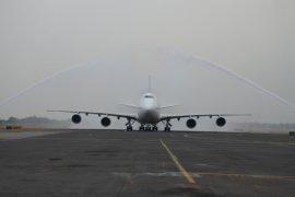 BMKG: Erupsi Anak Krakatau Bahayakan Penerbangan