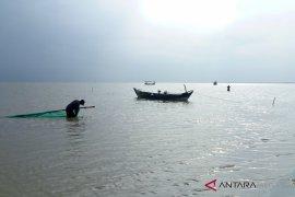 Nelayan Karawang dilibatkan cari korban Lion Air