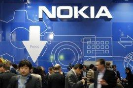 Nokia ramaikan kompetisi ponsel lipat