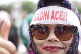 Seratusan pengusaha berunjuk rasa ke DPR Aceh, ini tuntutannya