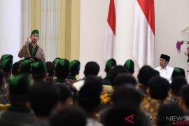 """HMI sebut """"Senturi"""" di depan Presiden Jokowi"""
