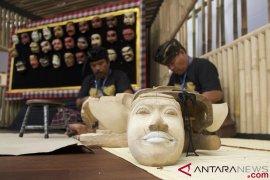 Tari Topeng Bali, sate dan rendang meriahkan pesta rakyat Portugis